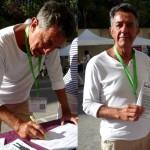 Yves Cochet europdéputé a signé l'ICE Stop vivisection sur le stand de Fermonsle CEDS aux Journées d'Eté EELV à Marseille